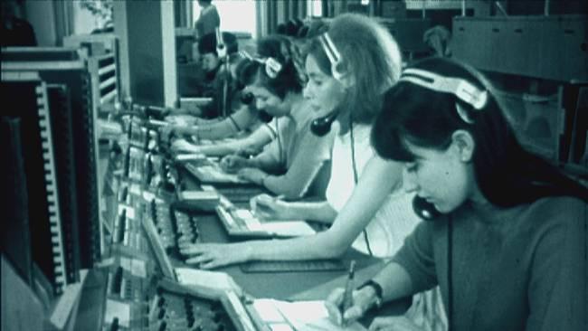 PLUS-callcenter_992